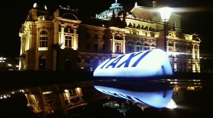 Taxi Van Cracow